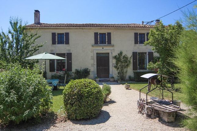 4 bed property for sale in Genac, Poitou-Charentes, France