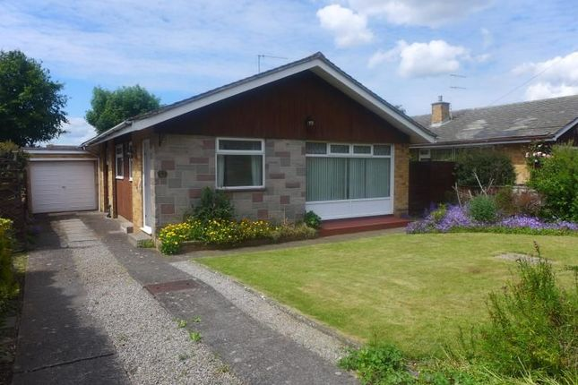 Thumbnail Bungalow to rent in Stoneyfields, Easton-In-Gordano, Bristol