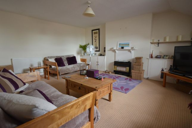 Thumbnail Flat to rent in Victoria Park Road, St Leonards, Exeter
