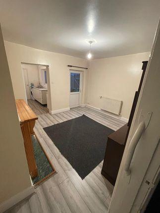 3 bed terraced house to rent in Belgrave Road, Halesowen, Birmingham B62