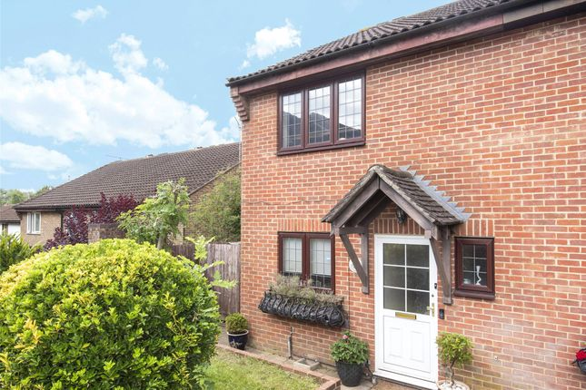 3 bed end terrace house for sale in Aveling Close, Purley, Surrey CR8