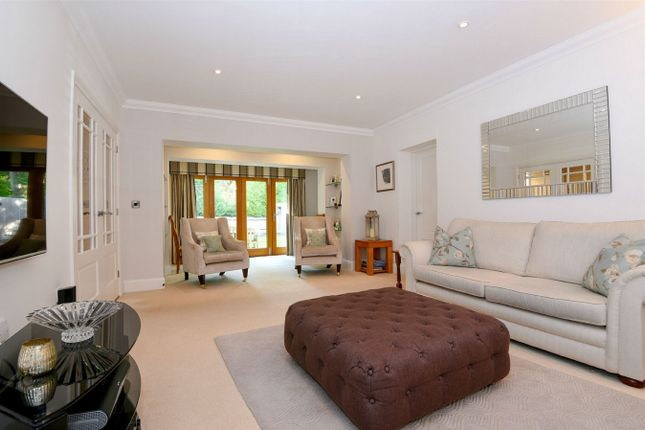 Thumbnail Flat for sale in Pine Way, Chilworth, Southampton, Hampshire