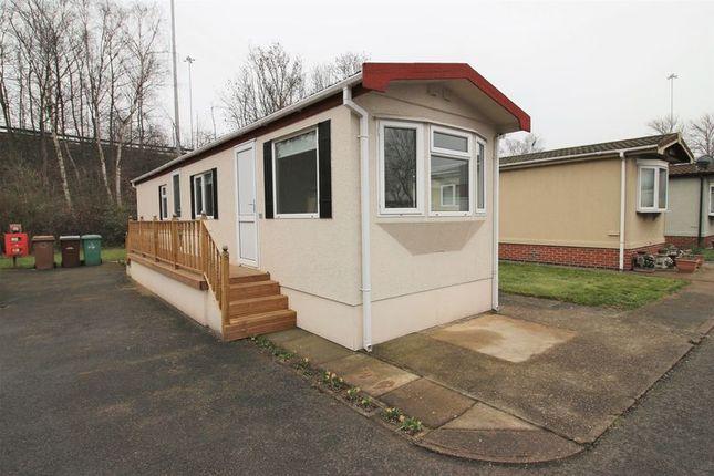 Thumbnail Mobile/park home for sale in Clifton Lane, Wilford, Nottingham