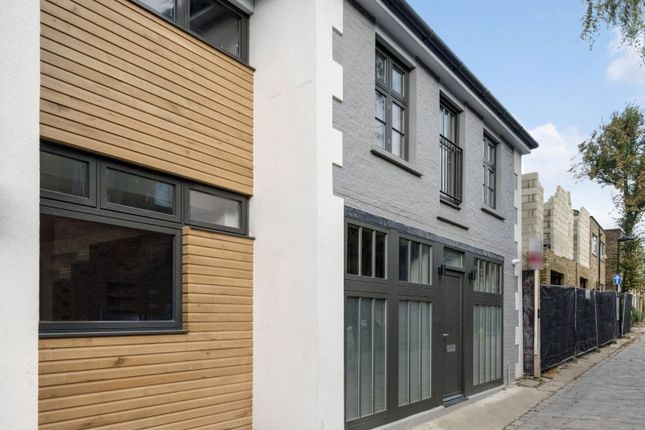 Thumbnail Mews house for sale in Camden Mews, Camden, London