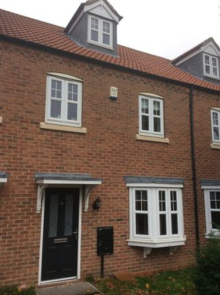 Thumbnail Terraced house to rent in Eastoft Road, Crowle