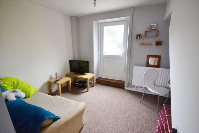 Thumbnail End terrace house to rent in Prospect Place, Lammas Street, Carmarthen