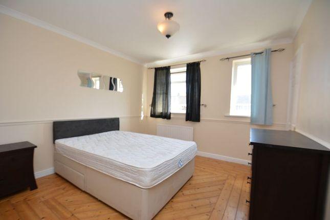 Thumbnail Room to rent in Marlborough Way, Telford