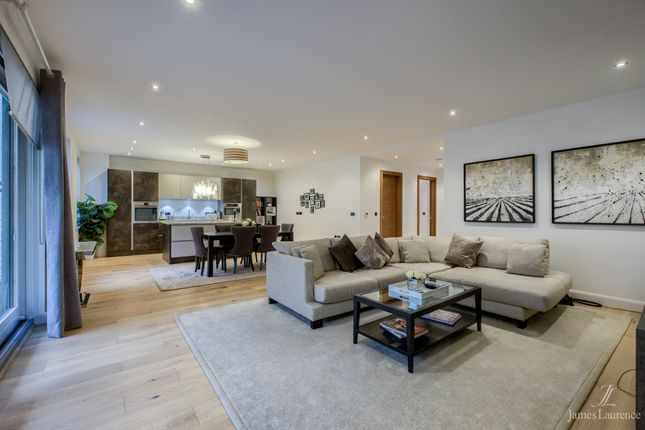 Thumbnail Flat for sale in St. Paul's Chambers, 85 Caroline Street, St. Paul's Square