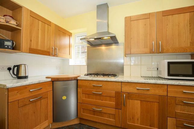 Photo 5 of Double Room, Blakes Avenue, New Malden KT3