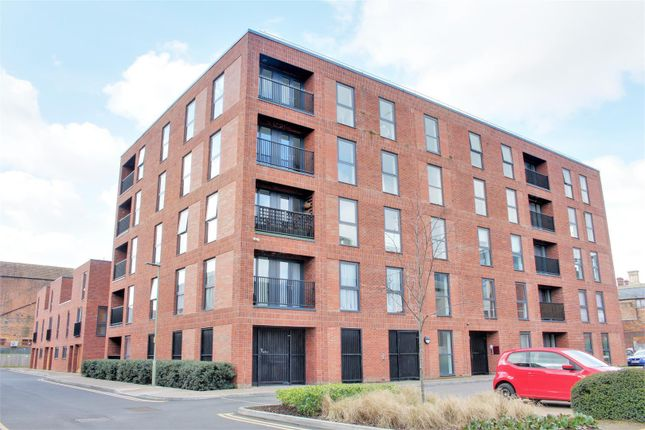 1 bed flat to rent in Friars Orchard, Gloucester GL1