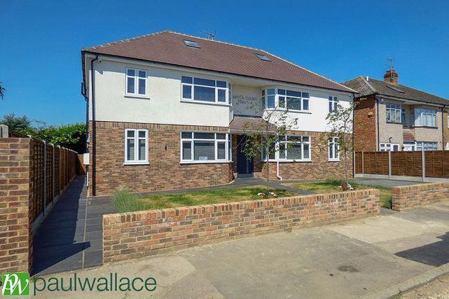 Thumbnail Flat to rent in Langdale Gardens, Waltham Cross