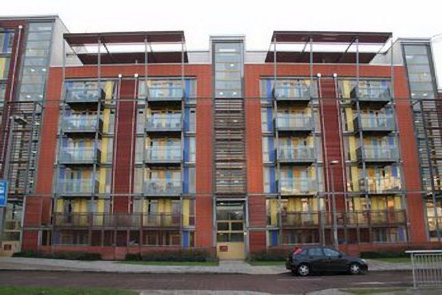 Thumbnail Flat to rent in West Parkside, Greenwich, London