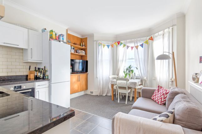 Thumbnail Flat to rent in Vera Road, Fulham