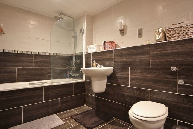 Bathroom of Devonshire Road, Oxton, Wirral CH43