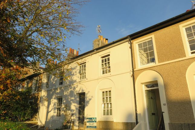 2 bed flat to rent in Cornwall Terrace, Penzance TR18