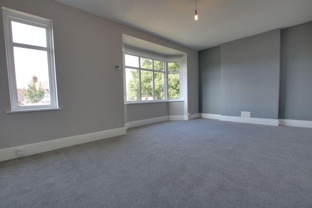 Thumbnail Maisonette to rent in Baston Road, Bromley