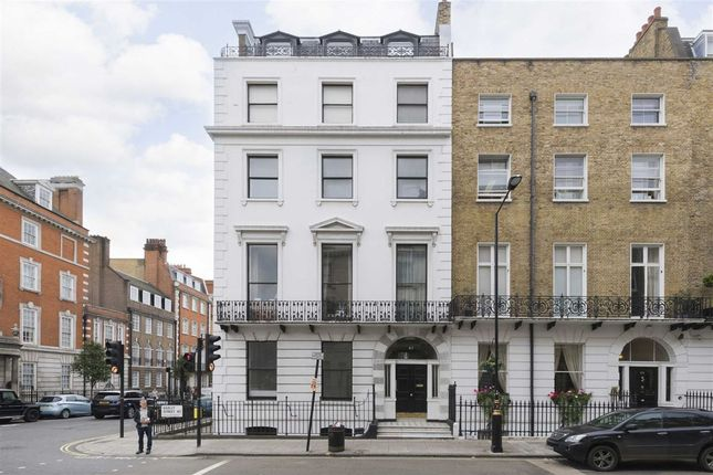 Thumbnail Flat for sale in Harley Street, London