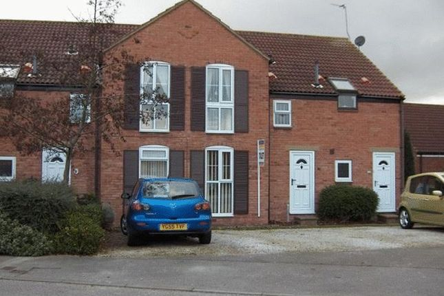 Thumbnail Flat to rent in The Willows, Hessle