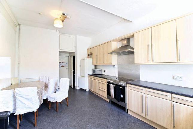 Kitchen1 of Trinity Street, Huddersfield HD1