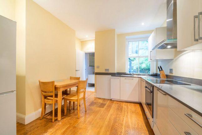 Kitchen of Robsart Mansions, Kenton Street, London WC1N