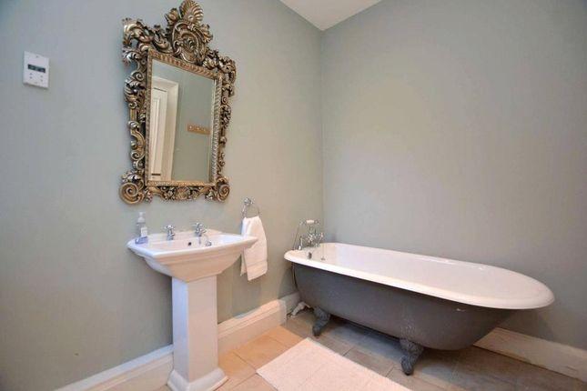 House Bathroom of Gledhow Manor, 350 Gledhow Lane, Chapel Allerton, Leeds LS7