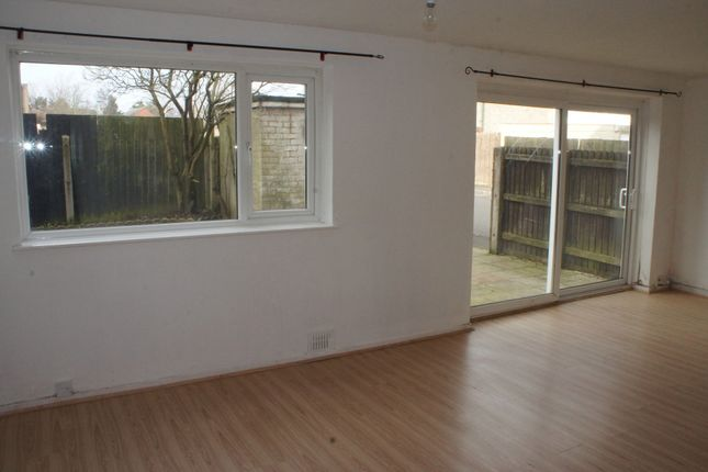 Thumbnail Flat to rent in Wingfield Close, Birmingham