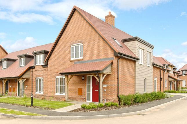 Thumbnail Cottage for sale in 25 Polo Drive, Cawston, Rugby, Warwickshire
