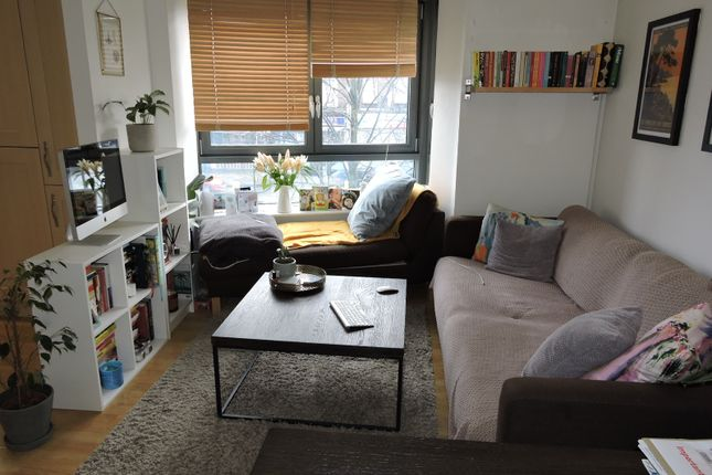 Thumbnail Flat to rent in Lewis Gardens, Stamford Hill