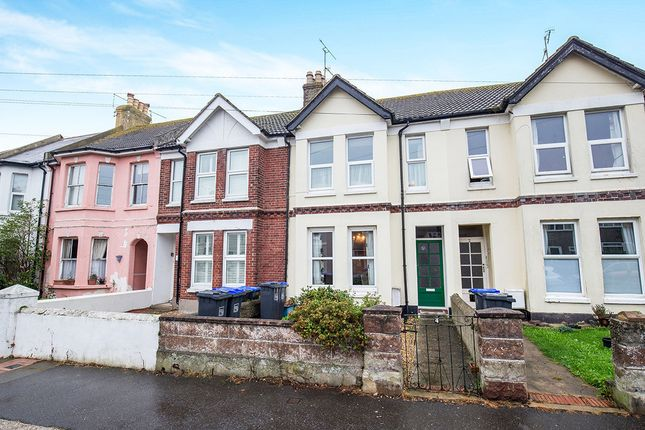 Thumbnail Flat to rent in Sugden Road, Worthing