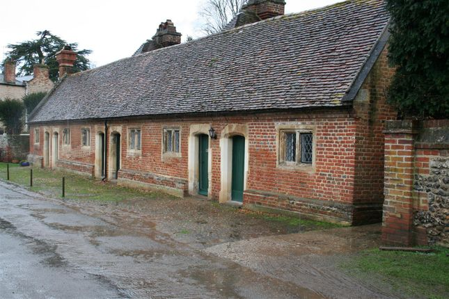 3 bed property to rent in Almshouses, Mapledurham Village, Reading RG4