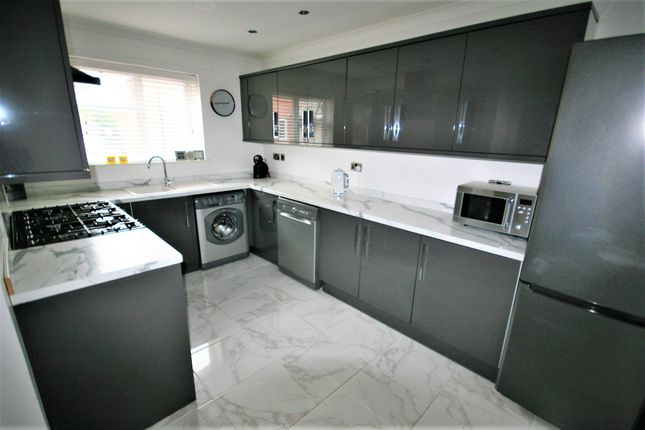 Kitchen of Turners Close, Ongar CM5