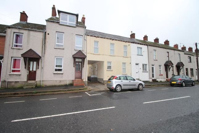 Thumbnail Flat to rent in Young Street, Lisburn