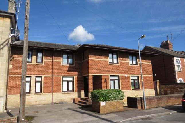Thumbnail Flat to rent in Langley Road, Chippenham