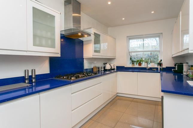 Thumbnail Detached house to rent in Alleyn Park, London
