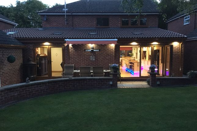 Thumbnail Detached house for sale in High Road, Carlton-In-Lindrick, Worksop