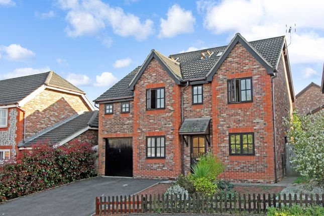 Thumbnail Detached house for sale in Bluestar Gardens, Hedge End, Southampton, Hampshire