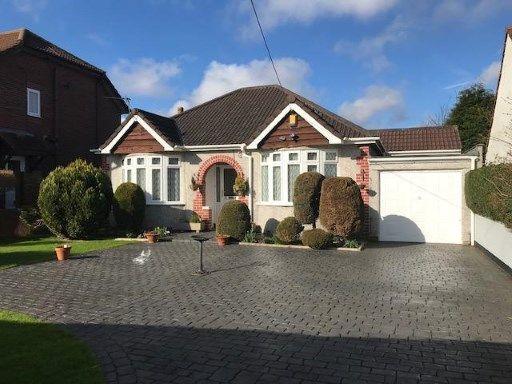 Thumbnail Bungalow for sale in Pettigrove Road, Kingswood, Bristol