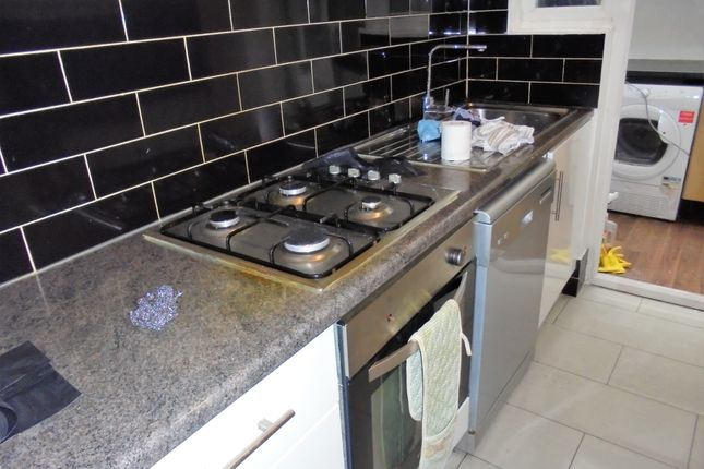 Thumbnail Flat to rent in Hitcham Road, London