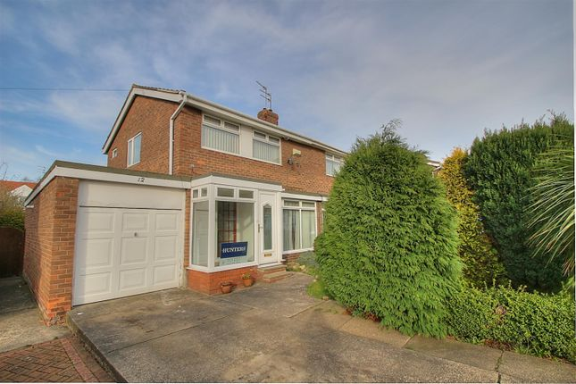Thumbnail Semi-detached house to rent in Oakfield Close, Sunderland