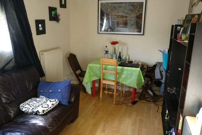1 bed flat to rent in High Road Leyton, London E10