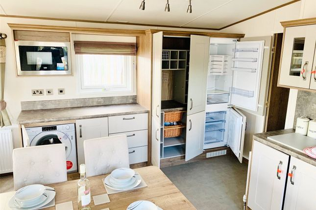 Lounge Kitchen of Bunn Leisure Resort, Warners Lane, Selsey PO20
