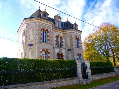 Thumbnail Country house for sale in Charroux, Vienne, France