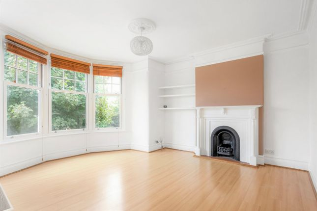 1 bed flat for sale in Selborne Road, London N14