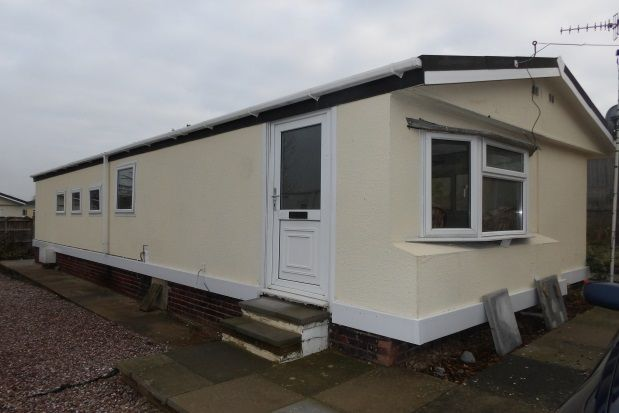 Thumbnail Detached bungalow to rent in Sunningdale Park, New Tupton, Chesterfield