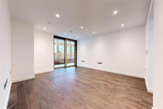 Thumbnail Property to rent in Royal Mint Gardens, London