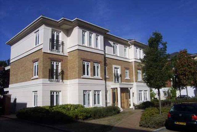 Thumbnail Flat to rent in Cambridge Road, Richmond Bridge, East Twickenham