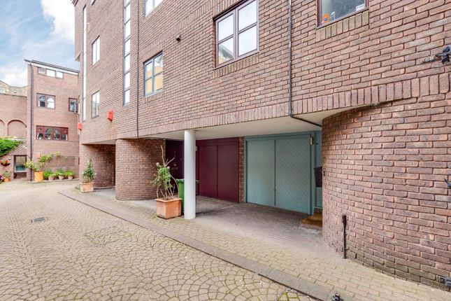 Thumbnail End terrace house for sale in Nelsons Yard, Camden, London