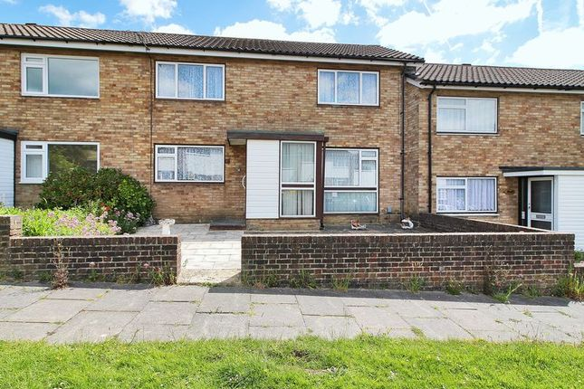 3 bed terraced house for sale in Walesbeech, Furnace Green, Crawley, West Sussex