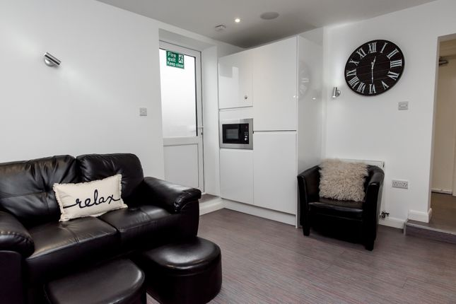 Thumbnail Shared accommodation to rent in Stubbs Gate, Keele