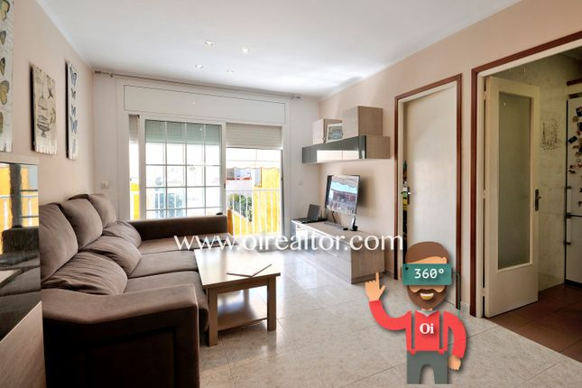 Thumbnail Apartment for sale in Canet De Mar, Canet De Mar, Spain